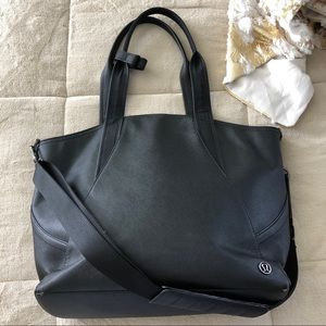 Lululemon Athletica Define Black Bag